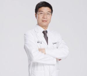 冯斌 北京东方和谐医疗美容医院院长兼首席专家