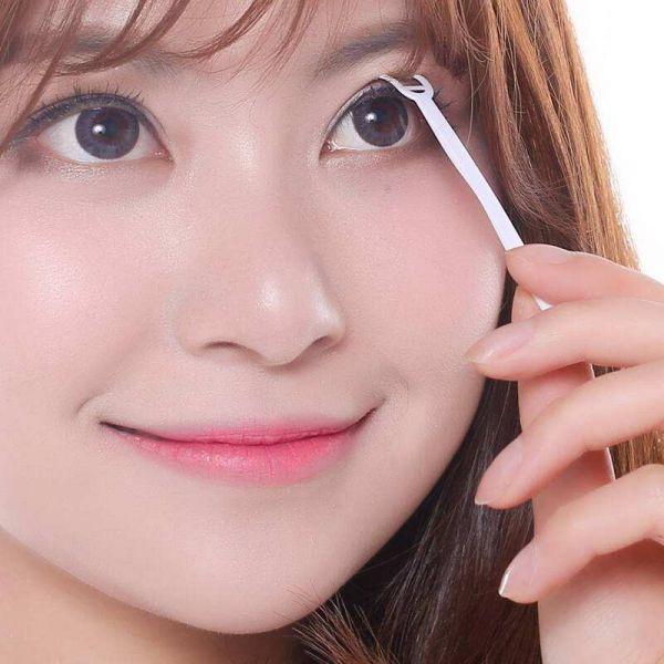 做了双眼皮后悔死了,双眼皮修复哪个专家最好?